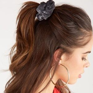 Accessories - 45 PCS VSCO GIRL HAIR SCRUNCHIES PACK!